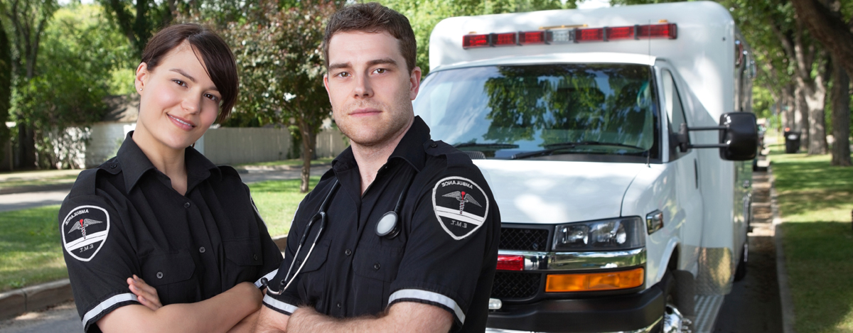 how to train to become a paramedic